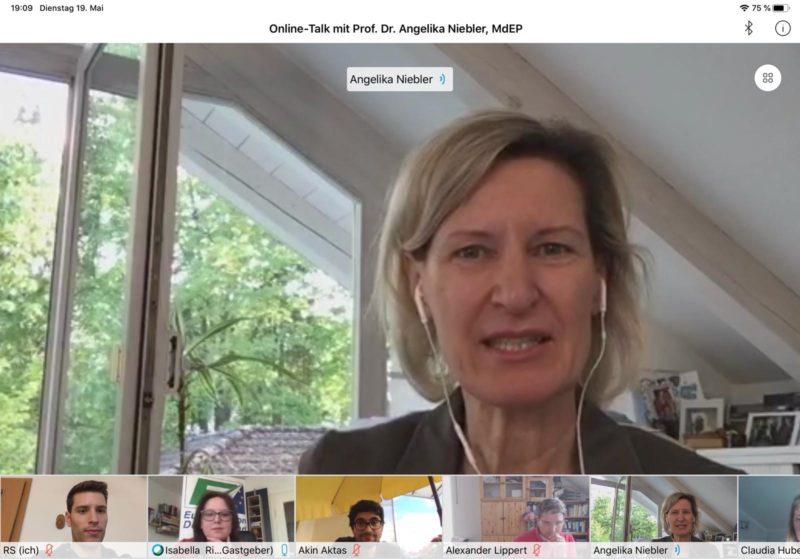 Online-Talk mit Angelika Niebler