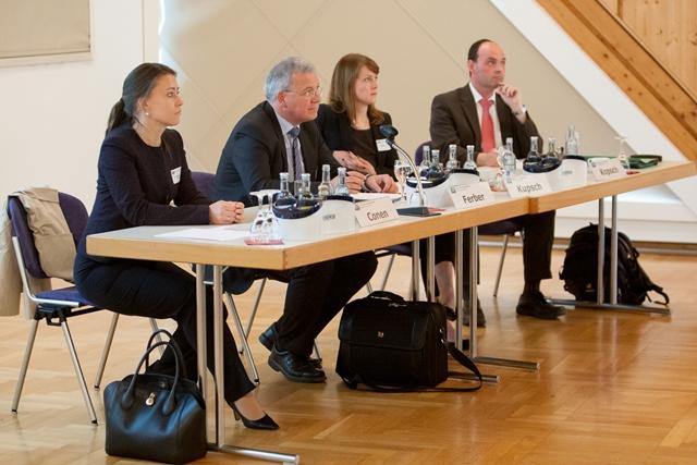 v.l.n.r.: Markus Ferber, MdEP und Vorsitzender der Europa-Union Bayern ### als Referenten des Arbeitskreises Außenpolitik