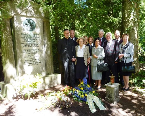 Gedenken an Dr. Franz Binder durch seine Familie und Mitglieder der Europa-Union KV Memmingen