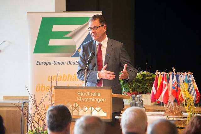 Dr. Gerd Müller, Bundesminister für wirtschaftliche Zusammenarbeit und Entwicklung als Hauptredner auf dem 60. Bundeskongress in Memmingen